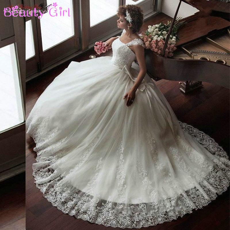 Elegant Lace Appliqued Wedding Dresses Court Train 2017
