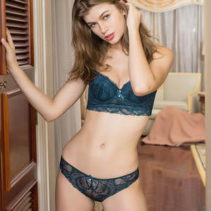 91052f9bb32bb eyeflash Sexy Push up thick cup Embroidery Lace Bra Set