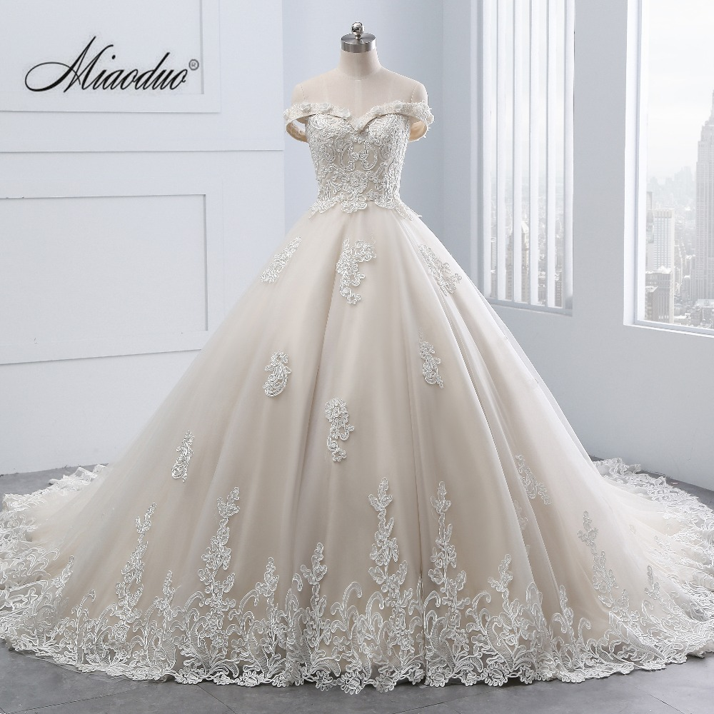 Vintage Champagne Wedding Dresses Cap Sleeve Ball Gown