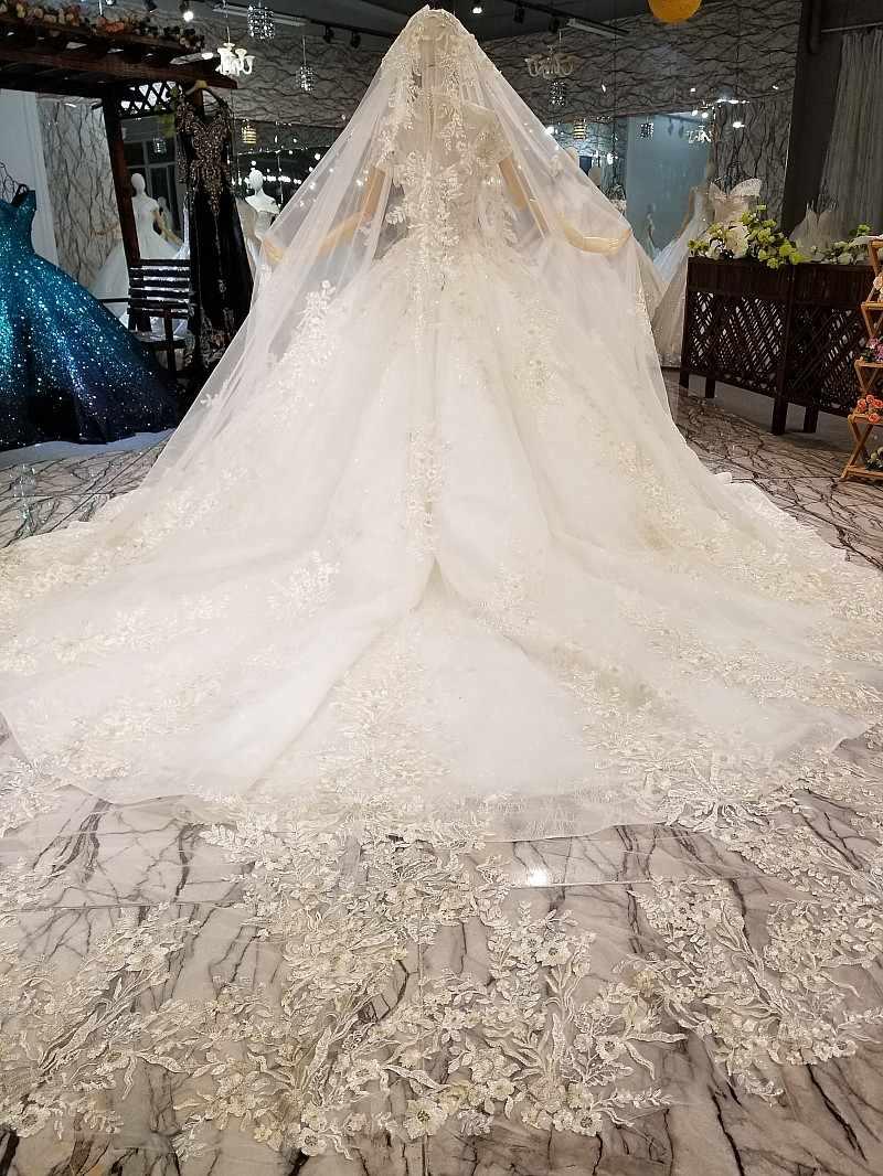 LS327414 קריסטל כתף שרשרת לקשט חתונה שמלת 2018 כבוי כתף v-צוואר מבריק כלה חתונה שמלה עם ארוך תחרה רעלה