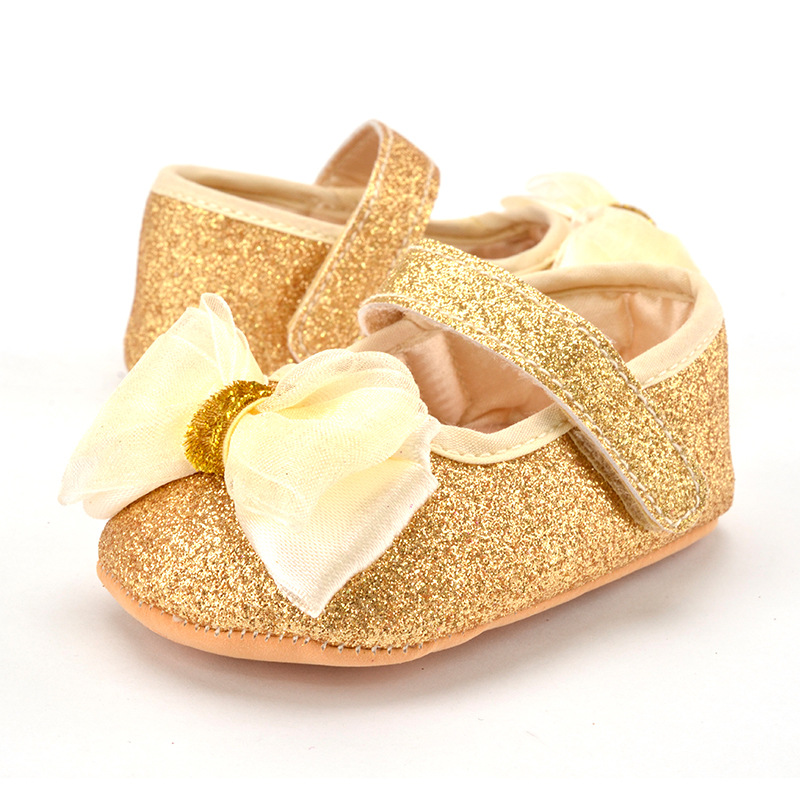 0f79250006e2f US $4.67 |Glitter Baby Shoes Flash Gold Bow Soft Bottom Sneaker Anti slip  Soft Sole Toddler Kids First Walkers Shoes-in First Walkers from Mother &  ...