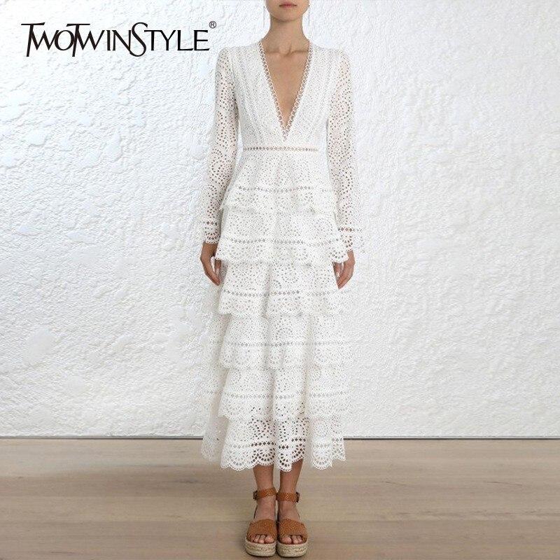 Kadın Giyim'ten Elbiseler'de TWOTWINSTYLE Için Elbiseler Oymak Kadın Dantel V Boyun Yüksek Bel Ruffles Flare Kollu Midi Elbise Kadınlar Vintage Sonbahar Giyim'da  Grup 1