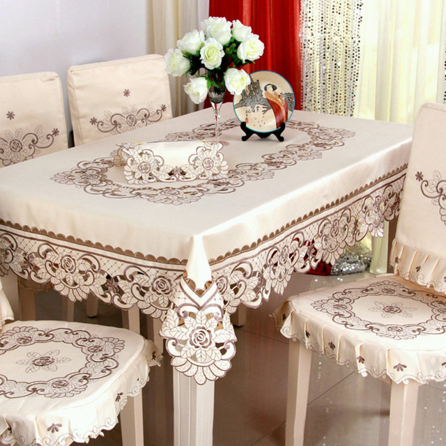 2017 Hot European Garden Embroidered Table Cloth Dining Cover For Wedding Home Christmas Decoration Elegant