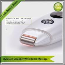 Portable EMS Ultrasonic Vibration Facial Rejuvenation Skin Scrubber Peeling Exfoliator With Face Lifting Roller Massager