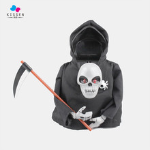 Kissen 20cm Skull Induction God of Death Sickle Luminous Voice Action Figure Toys Doll Collection Christmas Halloween Gift