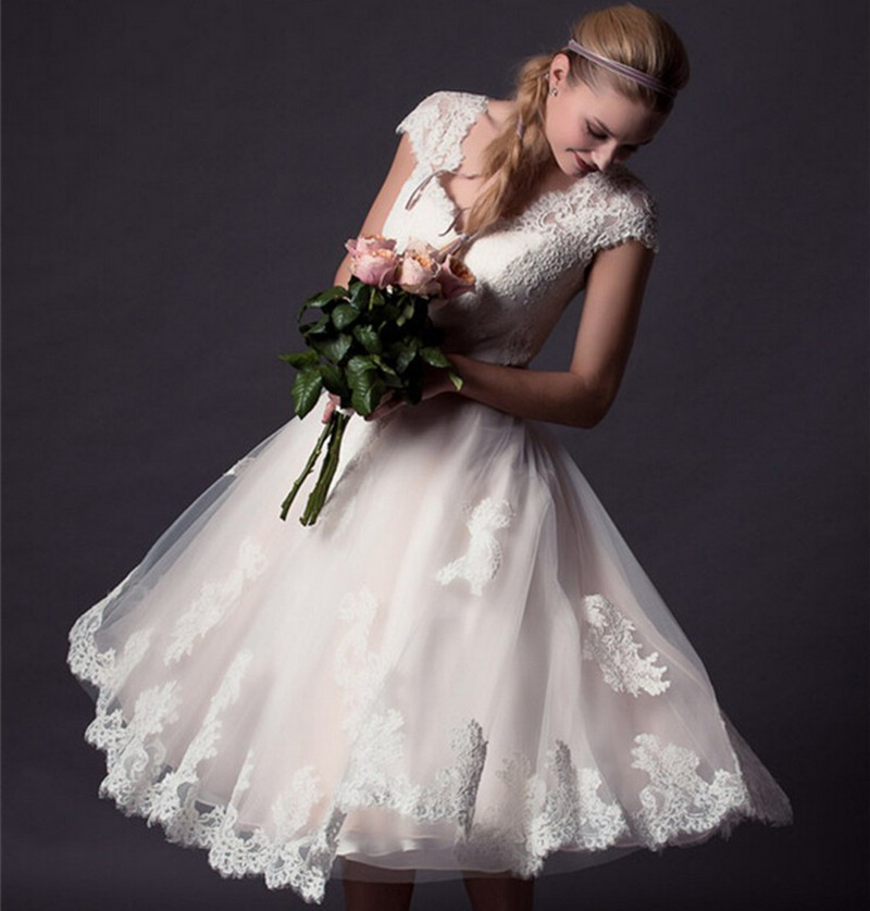 Bridal Dresses With Cap Sleeves: Only $99 Vintage Short Wedding Dress 2015 Knee Length