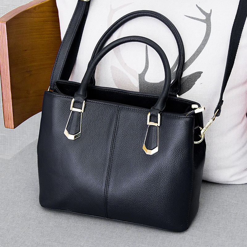2018 new style genuine leather ladies bags female shoulder crossbody bag for women casual fashion handbag women's messenger bags 2018 new style genuine leather woman handbag vintage metal ring cloe shoulder bag ladies casual tote fashion chain crossbody bag