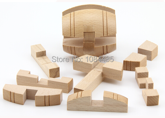 4PCS / Lot 3D Wooden Puzzle IQ Brain Teaser Interlocking Burr - Puslespill - Bilde 2