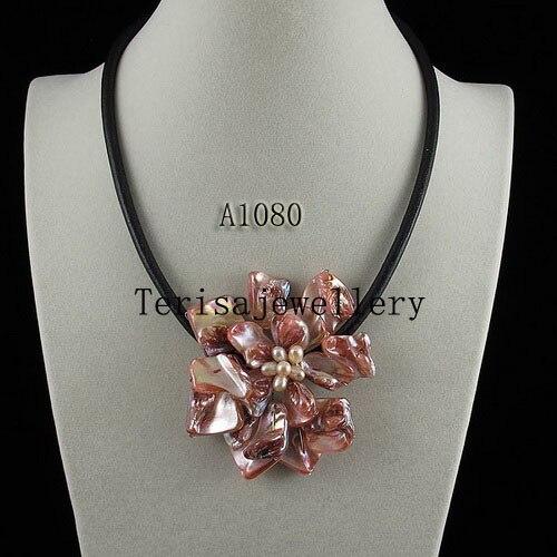 Идеальное ожерелье в виде цветка из натуральной раковины, белое ожерелье из пресноводного жемчуга, ювелирные изделия из черной кожи, новинка - Окраска металла: pink shell flower