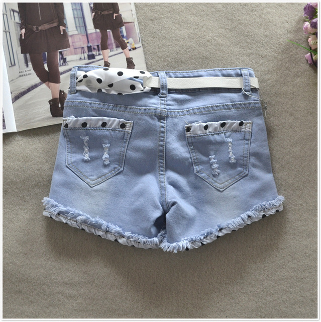 2017 Spring Summer New Popular Ladies Denim Shorts With Attractive Bow Belt
