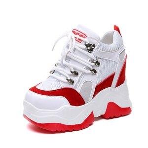Image 2 - ¡Novedad de 2019! Zapatos de plataforma informales para Mujer, zapatos de malla con tacón de cuña transpirables, zapatillas de deporte de suela gruesa de 10CM para otoño, Deportivas para Mujer