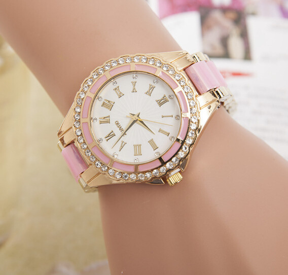 100% New Luxury Cute Rome Dial Crystal Bling Gold Alloy Plastic Strap Wedding Quartz Gift Bracelet Watch Wristwatches for Women