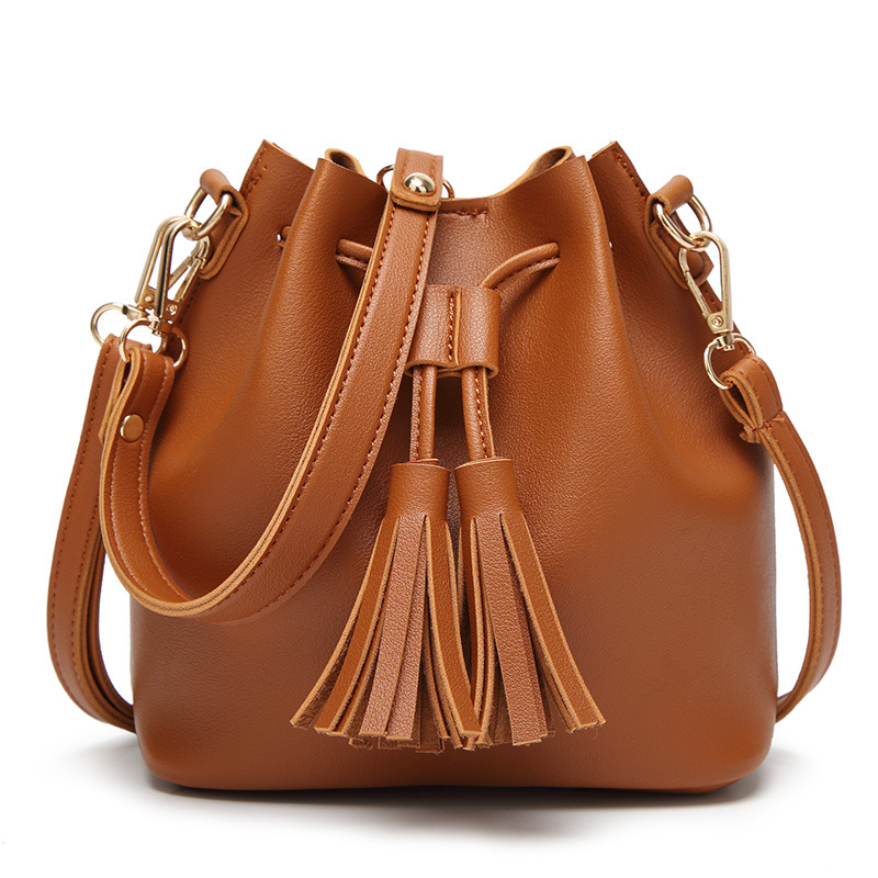 Women Popular Small Volume Tassel Shoulder Bags Bucket Fashion Green Black White Crossbody Bag for Girls