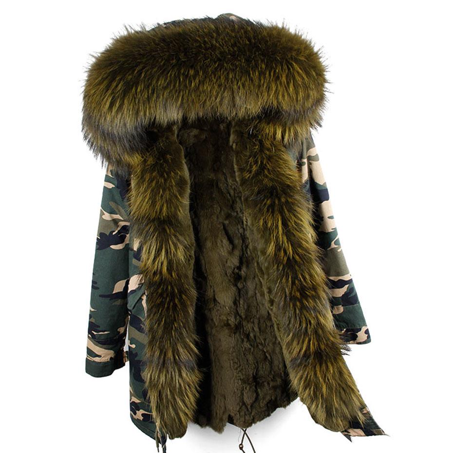 Hooded fur parka (2)