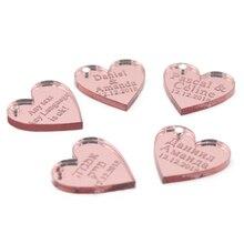 50 шт. персонализированное выгравированное Название карты зеркало/прозрачный MR& MRS фамилия любовь сердце свадебный стол украшения сувениры Индивидуальный размер