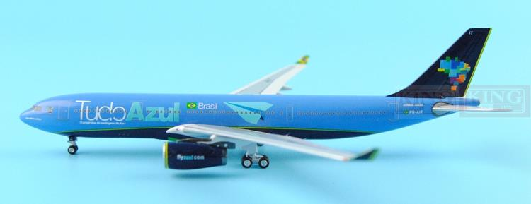 AZUL A330-200 PR-AIT TUDO 1:400 Aeroclassics commercial jetliners plane model hobby new phoenix 11207 b777 300er pk gii 1 400 skyteam aviation indonesia commercial jetliners plane model hobby