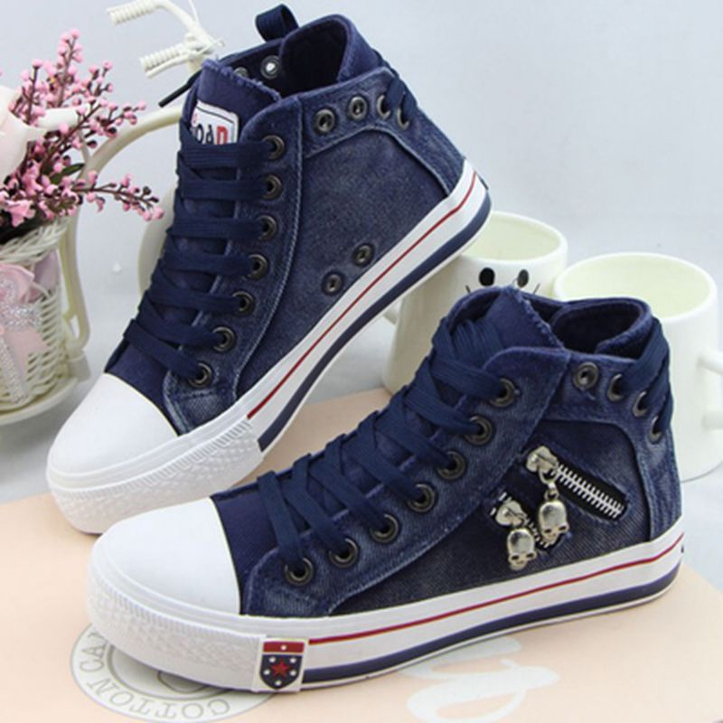 canvas shoes for