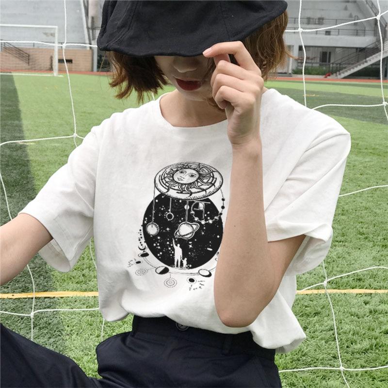 Starry Moon Beautiful Print Women's Shirt New Summer Fashion Harajuku Universe Loose S-2XL Casual Tumblr Sweet Women's Clothing