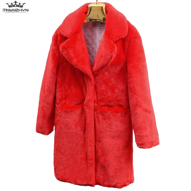 Moda kobiety futro płaszcz imitacja owczej wełny płaszcz zimowy nowy produkt pogrubienie utrzymać ciepłe zimowe kurtki zapewnienia jakości Y1012 w Sztuczne futro od Odzież damska na  Grupa 2