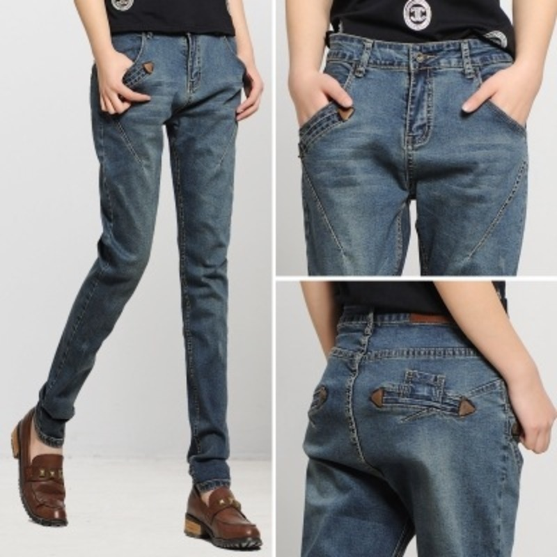 In the spring of 2017 new Korean mm code Haren loose fat jeans casual pants feet