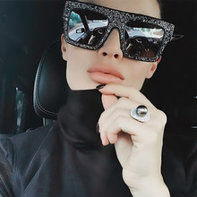MOLGIRL 2017 New Women Luxury Brand Design Crystal Cateye Sunglasses Mirror Retro Diamonds Sun Glasses Female Shades Sun Glasses