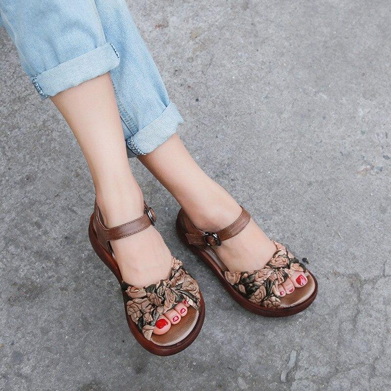 Ayakk.'ten Orta Topuklu'de GKTINOO Kadın Sandalet 2019 Yaz Hakiki Deri Gladyatör Sandalet Kadın Ayakkabı Moda Takozlar Rahat Ayakkabı El Yapımı Sandalet'da  Grup 3