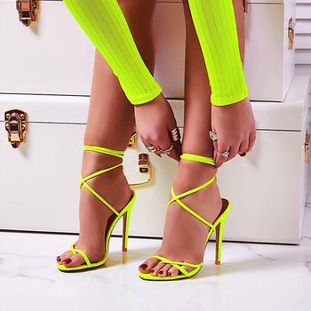 Bardzo wysokie 11 5CM na cienkim obcasie kobiety pompy kostki sandały z paskiem na krzyż buty kobieta panie Pointed Toe wysokie obcasy Dress Party Shoes tanie i dobre opinie hengsong T-strap Cienkie obcasy Super Wysokiej (8cm-up) Pasuje prawda na wymiar weź swój normalny rozmiar Moda Wiązanej krzyżowe