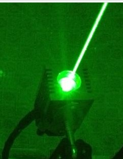Green laser 532nm industrial stage lamp secret room props escape game Accessories work stable high brightness laser sword of the double head laser sword cu guangzhu stage performance props laser rod 100mw