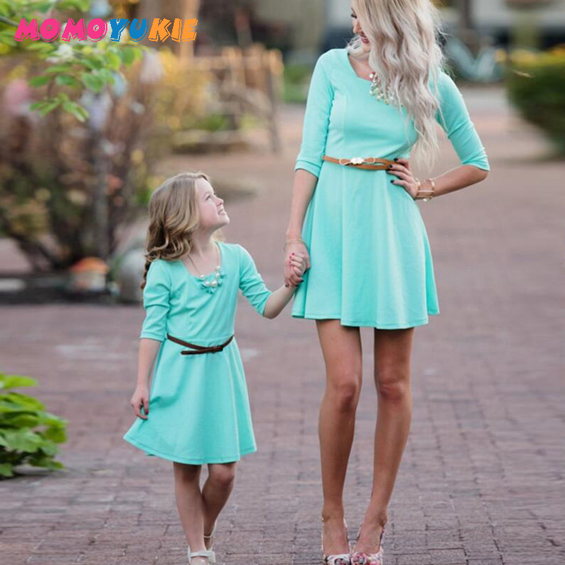 Mother Daughter Dress solid Family Matching Outfits Fashion Mommy and Me Long Dresses Family Fitted party wedding Clothing