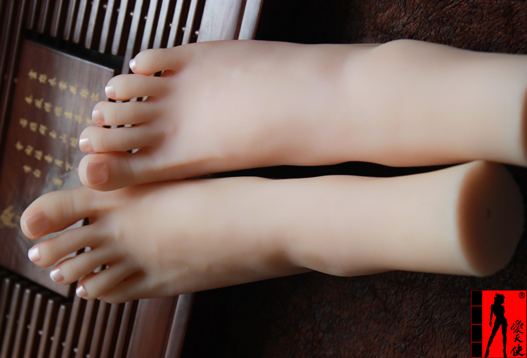 Real skin sex dolls japanese masturbation full silcone Women's Mannequin for feet  calf Display Fashion show show feet top quality new sex product soft feet fetish toys for man lifelike female feet mannequin fake feet model for sock show ft 3600 1
