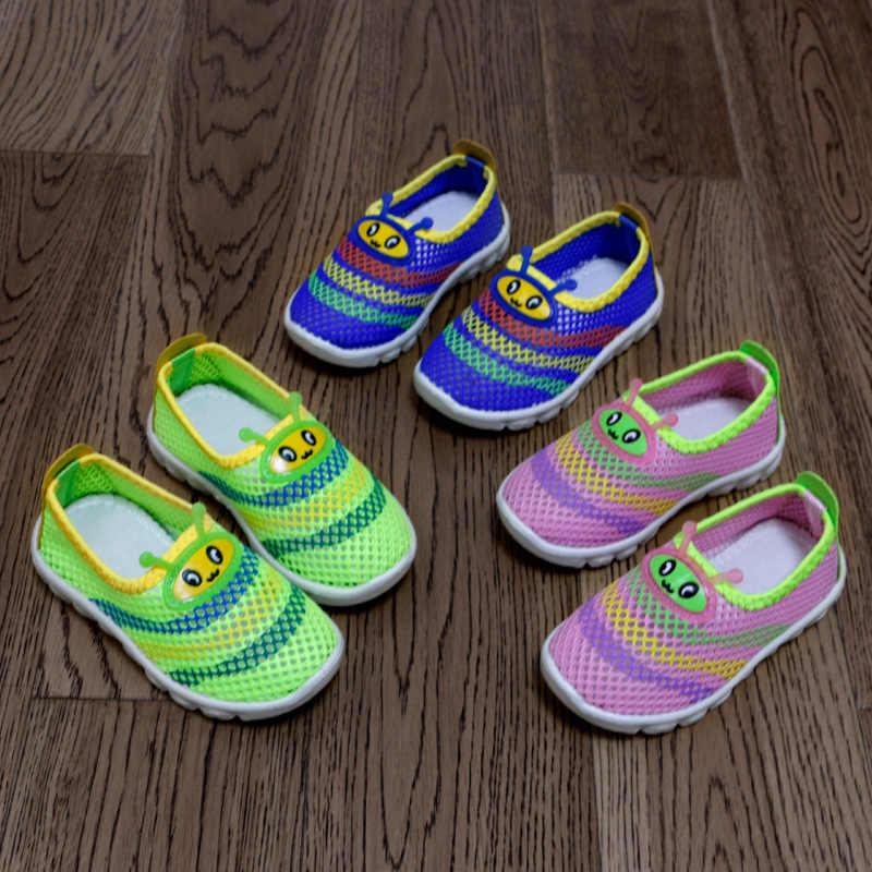 2018 lato dla dzieci moda dla dzieci buty Air Mesh oddychające buty dla chłopców dziewcząt dzieci trampki dla dzieci chłopiec sandały dziewczęce Cute Cartoon