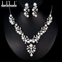 hot deal buy danbihuabi simulated pearl bridal jewelry sets silver color necklace earrings set wedding jewelry bijoux adornment femme ca152-a