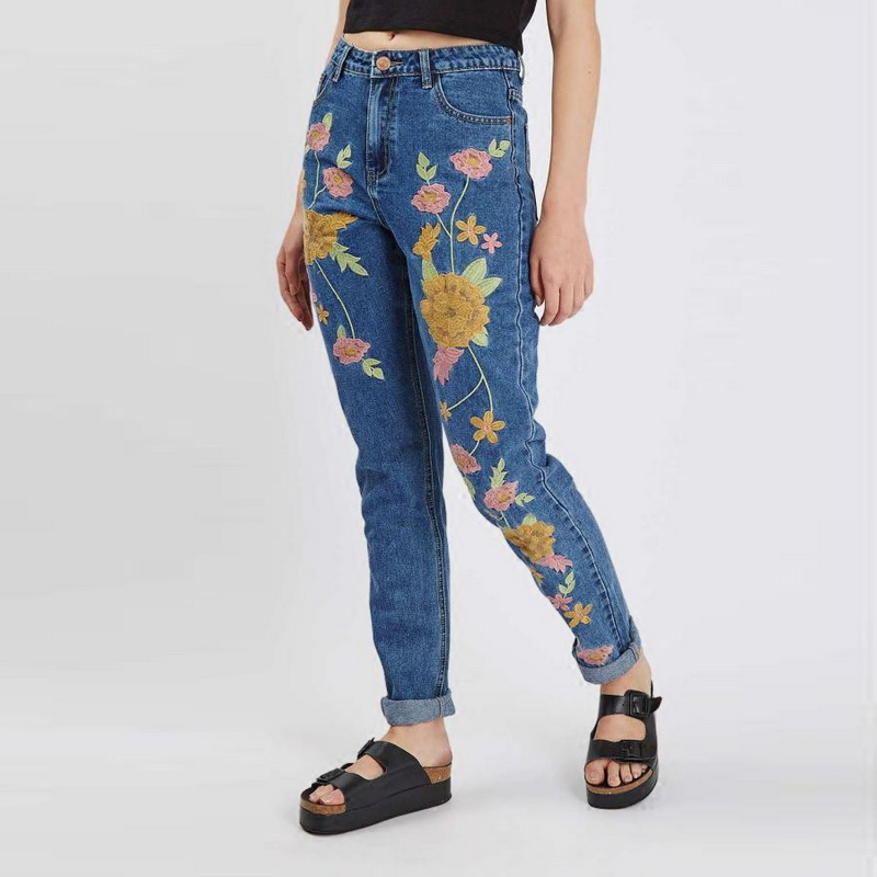 ФОТО 2017 New Women's Fashion Flower Embroidery Jeans Woman Femme Slim Casual Denim Pants Floral Embroidered Blue Harem Jeans L350