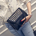 2016 New Handbags Fashion Trend Rivets Chain Bag Messenger Bags Shoulder Bag Leisure Black Simple Small Bag A2705