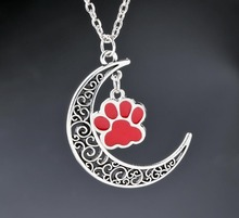 цена на Crescent Moon Pendants Necklaces Enamel Dog Cat Paw Prints Charms Alloy Vintage Antique Silver Jewelry Gift New