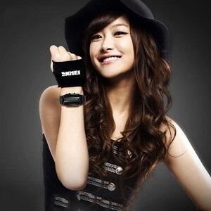Image 3 - SKMEI Men Women Lovers Sport Digital Watch Fashion Couple Clock Watches Top Brand Luxury Alloy Strap Man Woman reloj hombre 1013