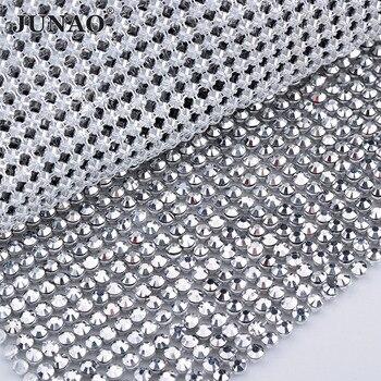 13ca2a61b3372 JUNAO 45x120 cm Gümüş Renk Kristal Kumaş Reçine Rhinestones Mesh Trim Metal  Alüminyum Taban Strass Rolls için Giysi elbise El Sanatları