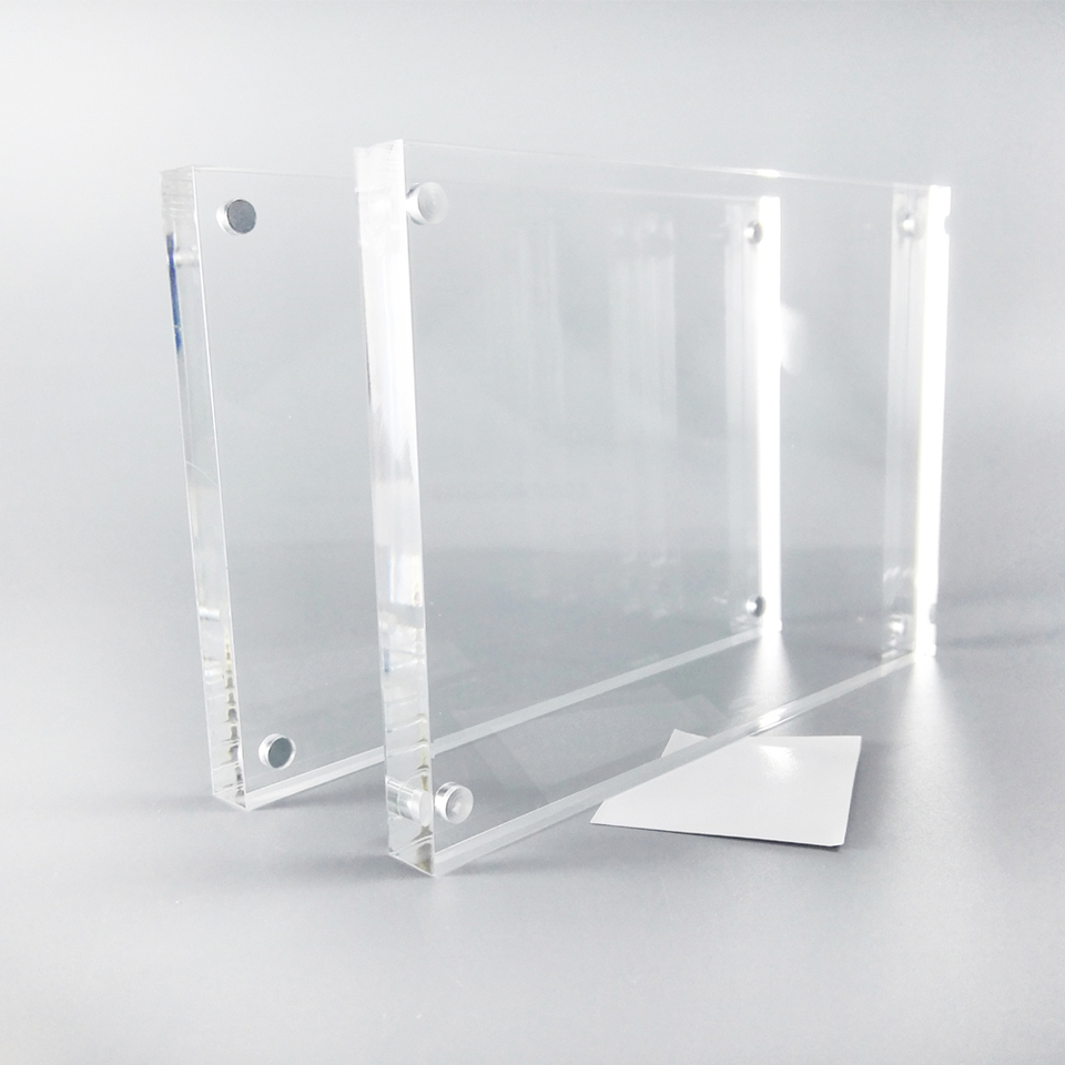 """Free Standing A5 Acrylic Magnetic Photo Block// Clear Picture Frame 6""""x8"""" New"""