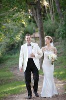 أبيض العاج الأزرق شال التلبيب عودة تنفيس العريس الرجال الدعاوى زفاف 2016 2 أجزاء من زر واحد رفقاء العريس بدلة فضفاضة z7