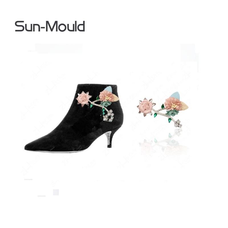 1pair woman shoes flower charms Patch on Applique sandalia feminina sandals boots flats  hat bag  coat garment deocration flower