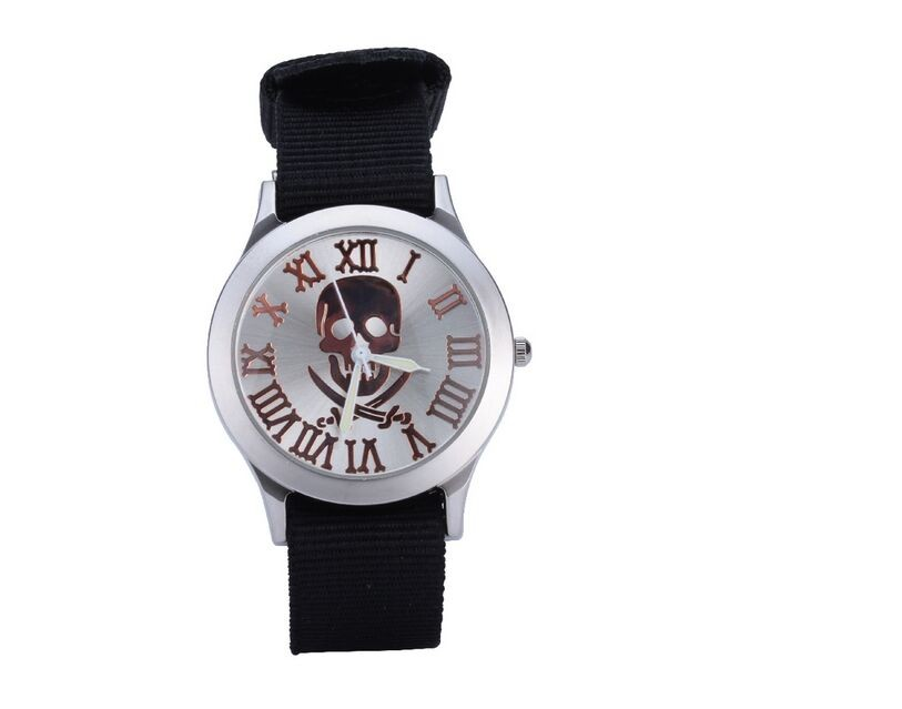 2016 New Army Green Nylon strap Military Quartz Watches Skull Design Luxury Brand Women Dress Wristwatch