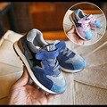 Новый 2017 детская shoes Мальчики и девочки спортивные shoes Baby's casual shoes Школьников Натуральная Кожа shoes Student shoes