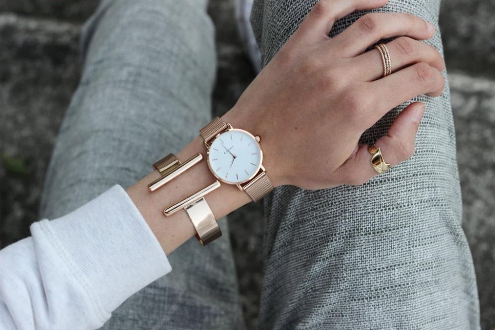 zoom-montre-klarf-petite-rose-gold