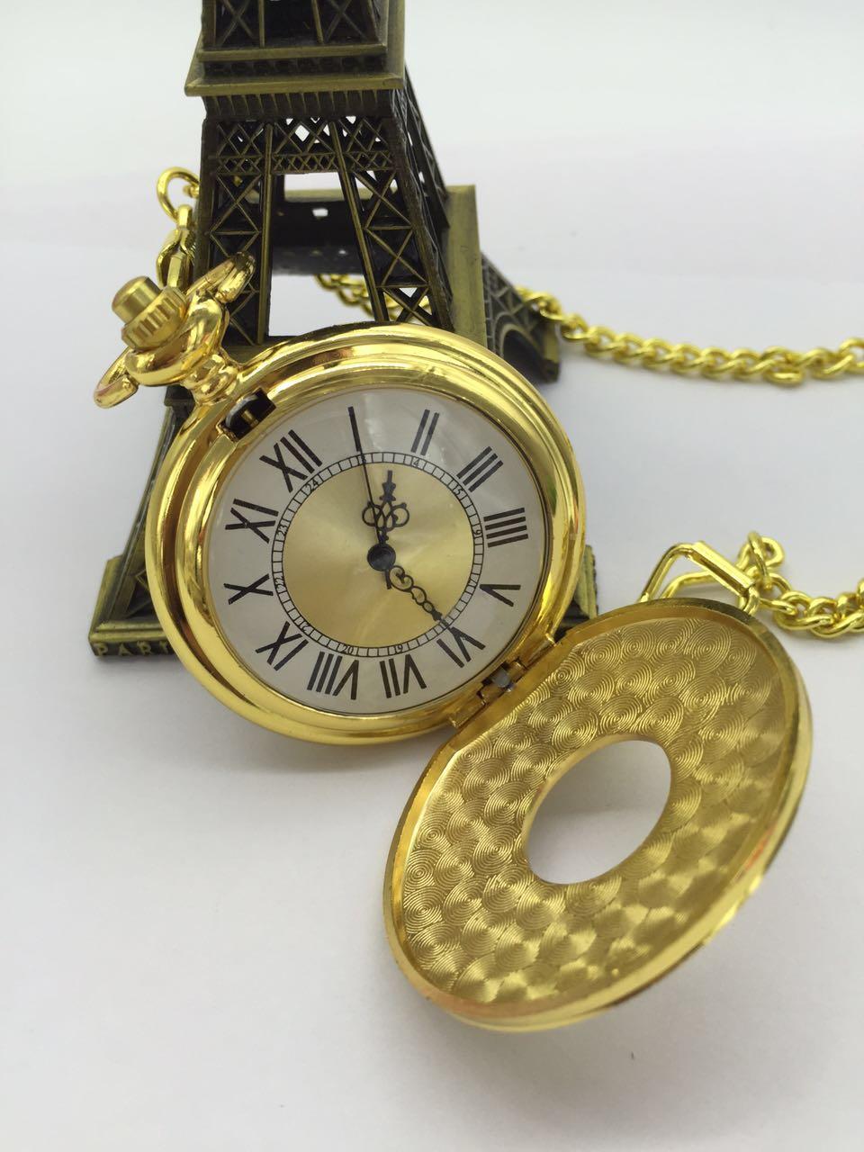 Nouveau quartz doré évider chiffres romains double affichage hommes FOB chaîne montres de poche-in Montres de poche from Montres    3