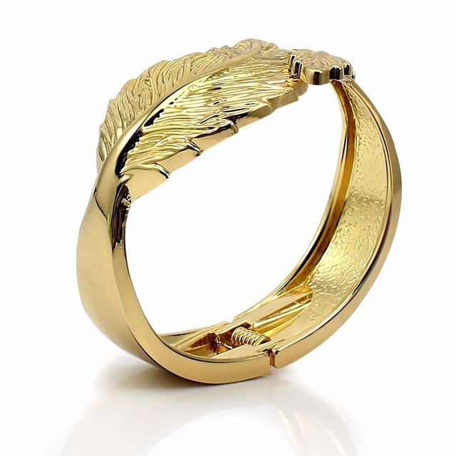 Trendy Open Leaf Cuff...