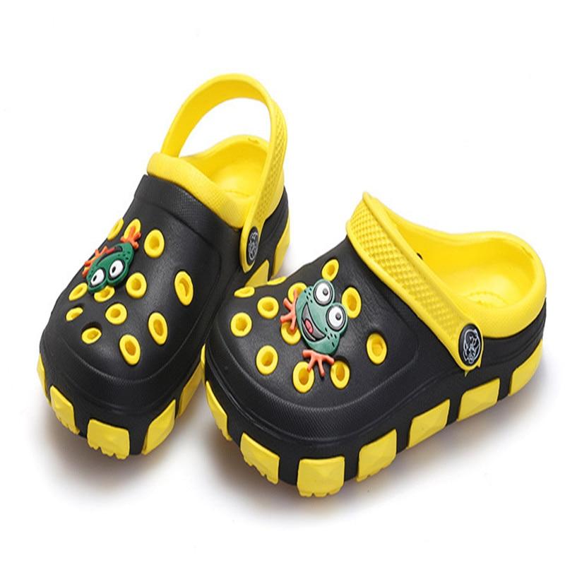7a1644004b9f7 Bébé enfants plage chaussons filles   garçons dessin animé enfants sabots  été Mules chaussures enfant Chausson Garcon jardin chaussures dans Sandales  de ...