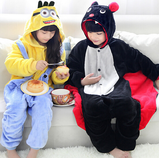 High Quality Wholesale Yellow Minion Bat Flannel Hoodie Pajamas Costume Cosplay Animal Onesies Sleepwear For Boys Girls Kids
