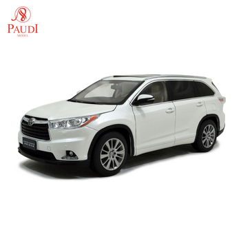 1/18 1:18 Scale Toyota Highlander 2015 White Static Simulation Diecast Alloy Model Car Gifts Collections