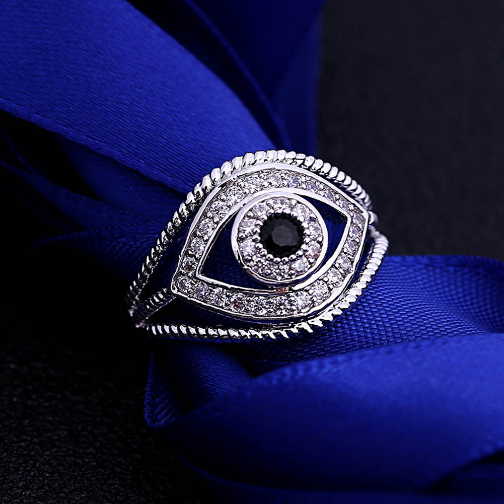New Arrival Ring Punk Style Blue Eyes Cool Rhinestone Antique Ring For Men And Woman Funk Ring