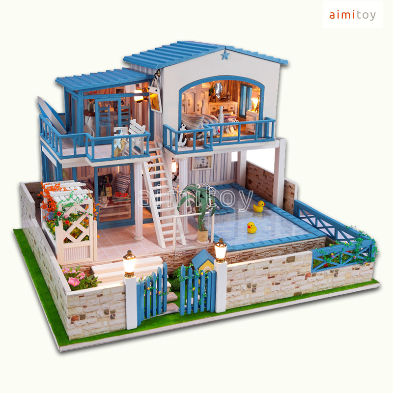 A Big Wood Doll House  Floors W Swimming Pool Garden House - House with garden and swimming pool
